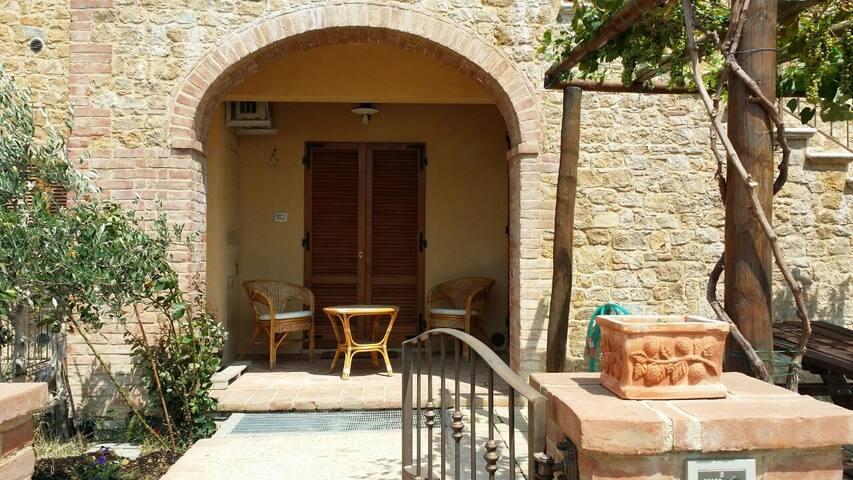 Tuscany villa with incredible views - Monticchiello - Dům