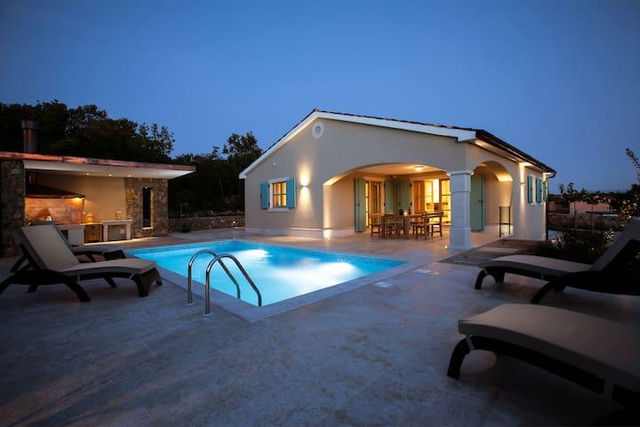 New, luxury villa Kras, 6901 - Kras - Dům