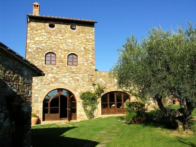 Casale & piscina, palestra, jacuzzi-40 km Grosseto - borgo san rita - House