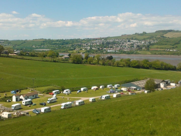 Farm Campsite pitch for tent/motorhome in Shaldon