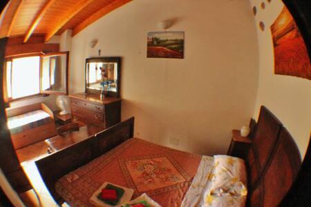 Stanza privata vicino Lago d'Annone - Oggiono