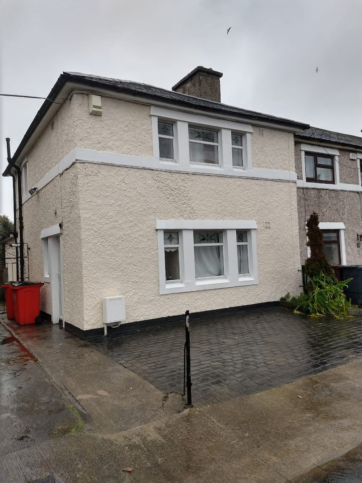 1 BED in shared TWIN room - House in D3 (Bed 2)