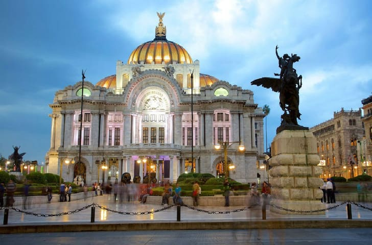 Guidebook for the Centro Historico