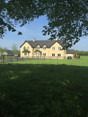 Country house - Batterstown - House