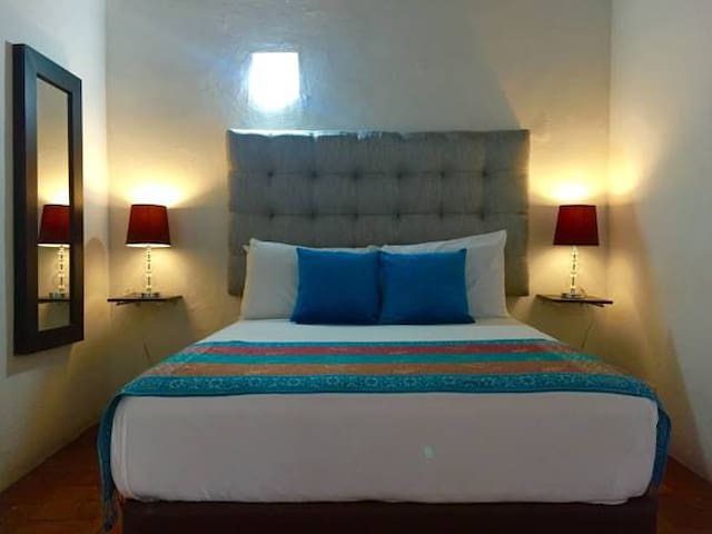 "Habitacion privada ""Montecristo"" - Cartagena - Bed & Breakfast"
