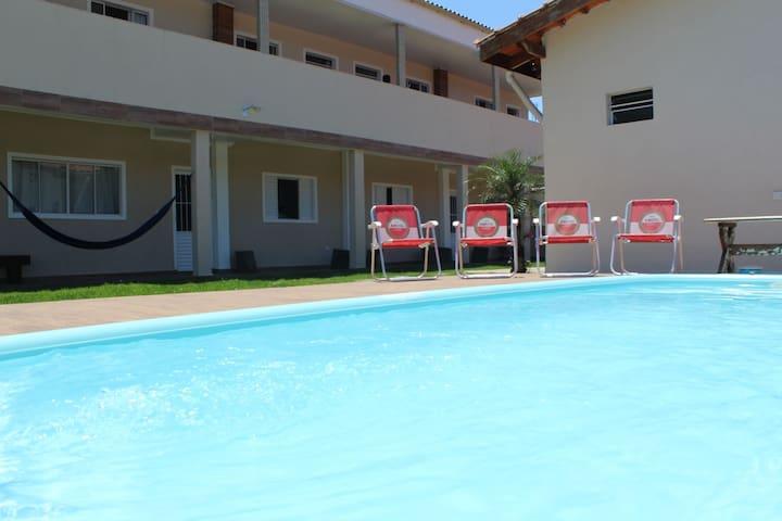 Residencial com piscina e área kids