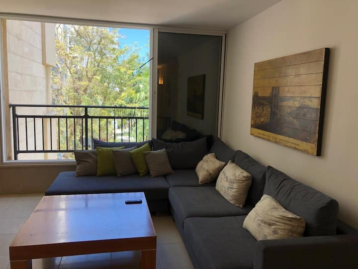 4 Bedroom Apartment- Eurovision walking distance