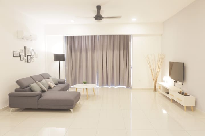 Penang Seaview Condo Near Gurney StraitsQuay槟城海景公寓