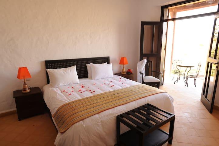 Chambre dans une Ferme Ecologique - Agadir - Bed & Breakfast