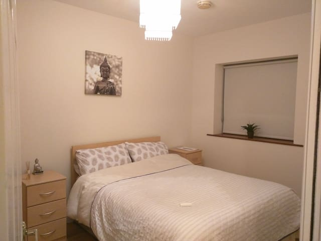 Lovely double room in Galway - Murrough - Apartament