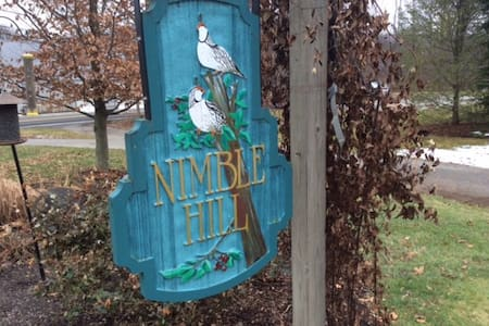 Nimble Hill - Newington - Casa