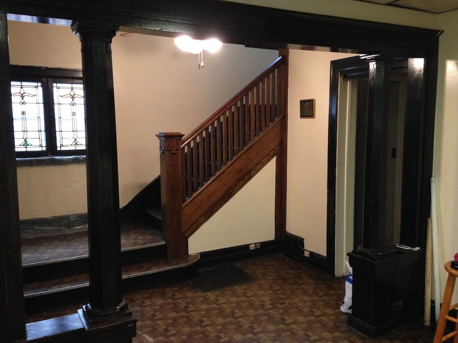 Entrance foyer, stairs, stained glass