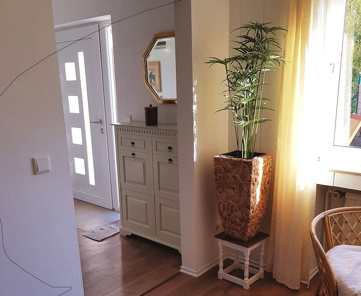 Charming 2-room-flat  btw. Cologne & Düsseldorf