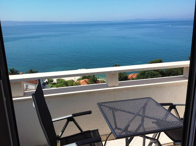 Apartment close to  Split center 2 Pax - Podstrana - Bed & Breakfast