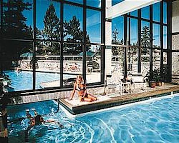 The Ridge SouthLake Tahoe 2Bed/2Bath/Kitchen Condo