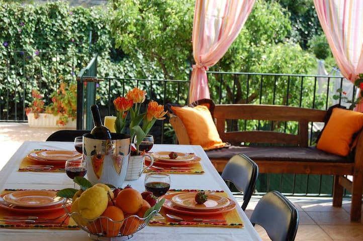 Villa privata con  idromassaggio - Giarre
