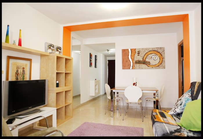 Bonito Apartamento Centrico con Piscina - Alacant - Otros