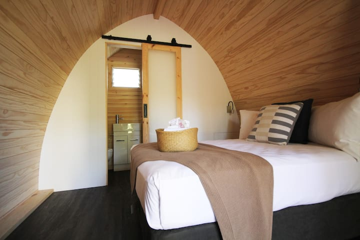 Pod with Ensuite
