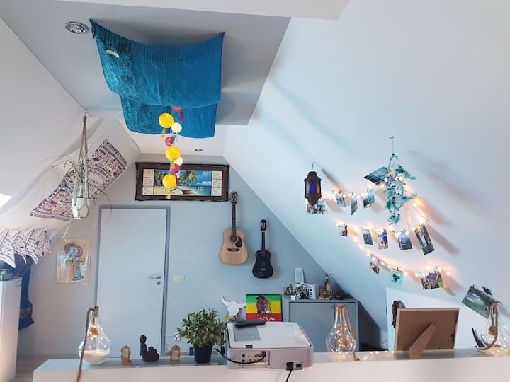 Komplette Etage +Bad sehr ruhig und modern