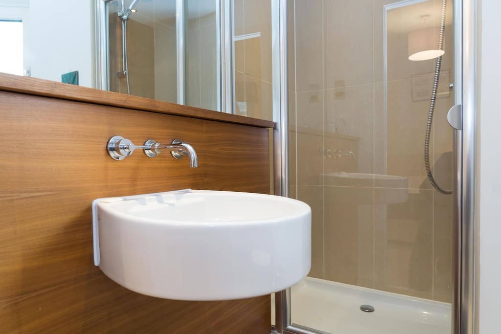 Your en-suite bathroom, with the shower place
