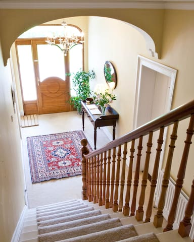 Ballyhenry House with 1-3 double rooms available