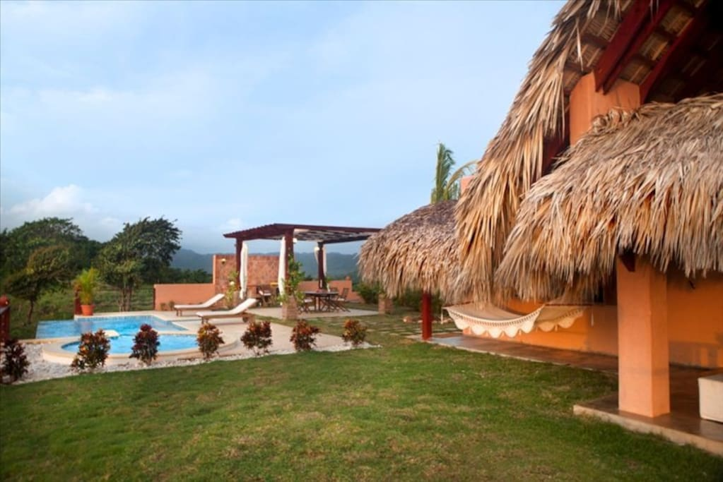 The villa has an ocean facing jacuzzi, infinity pool and barbeque grill.