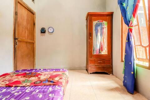 Standard Room at Mutiara Guesthouse