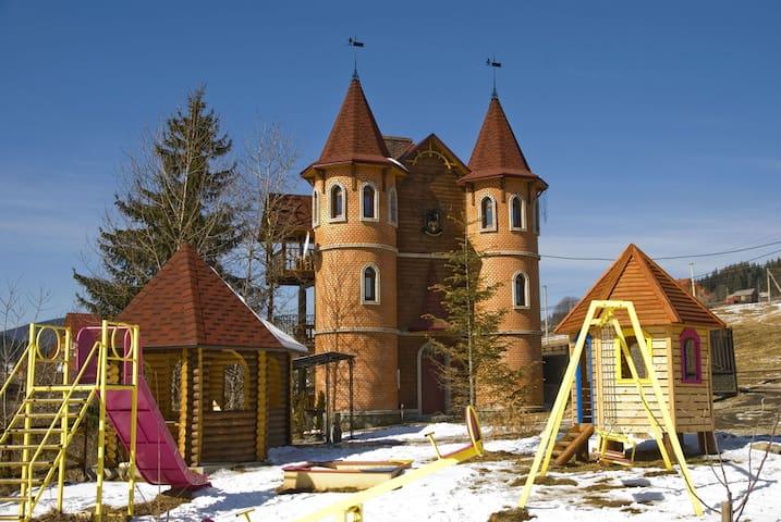 Castle Belvedere - Palyanytsya - Kastil