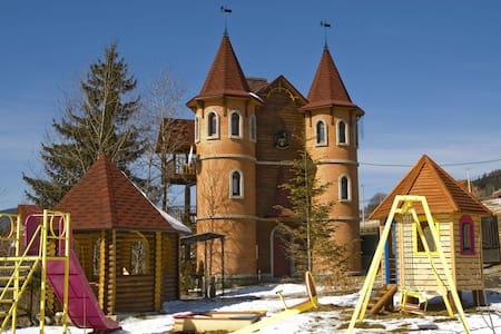 Castle Belvedere - Palyanytsya - Zamek