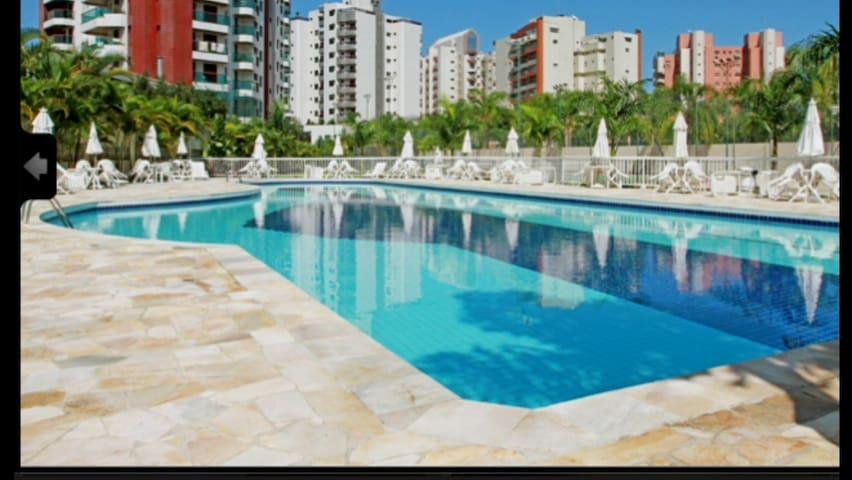 Apart. na Riviera de São Lourenço