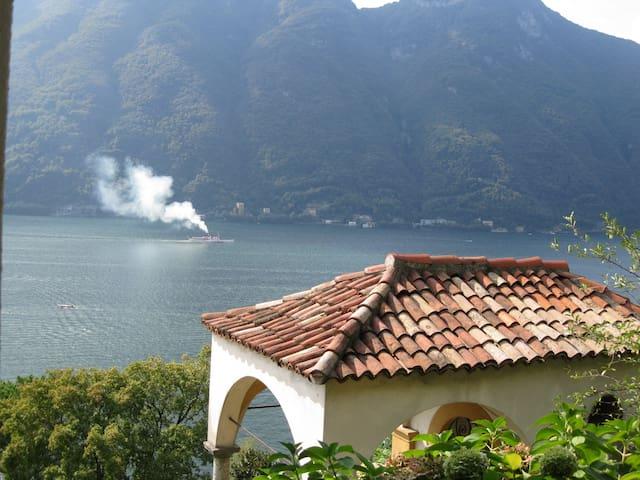 holiday home  Lago di Como - Nesso - Byt