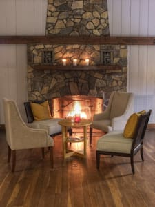 Cabin retreat minutes from uptown - Charlotte