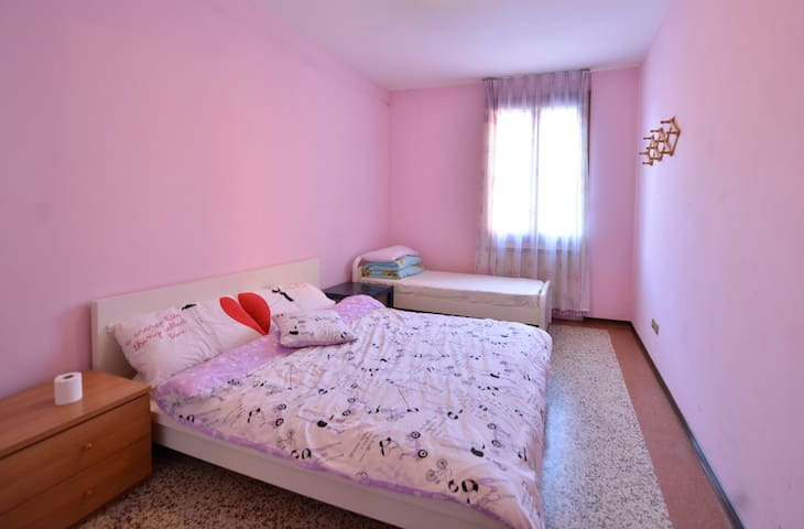 nice double/triple room (on request we can add 1 single bed)