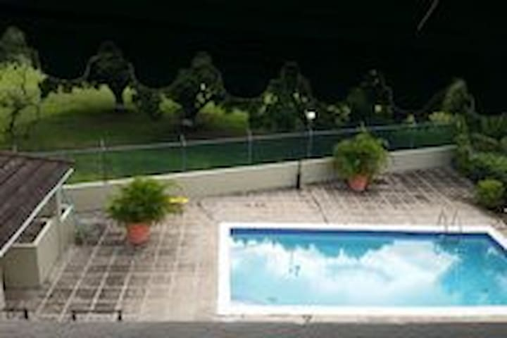 Lovely Swimming Pool with Gazebo, over-looking the gulf course