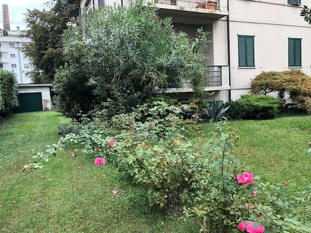 Trilocale con ampio giardino vicino alla stazione