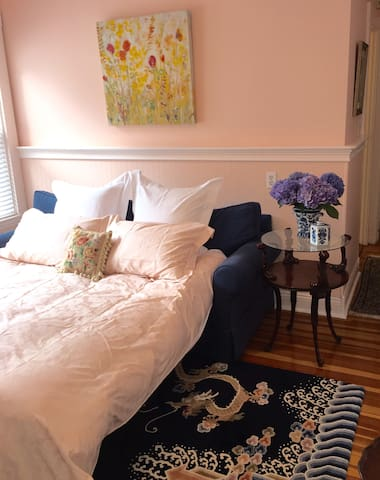 Seaside suite near airport & New England sea towns - Lynn