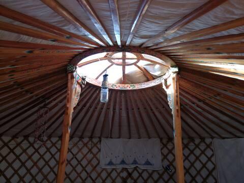 Echte mongolische Jurte in der Natur Marokkos
