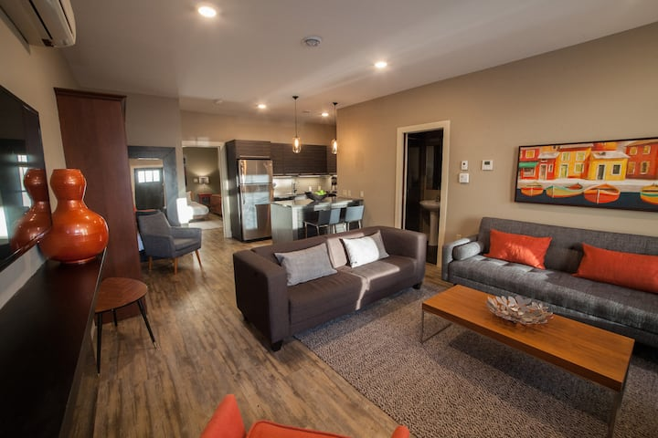 Fairholm Boutique Inns - Downtown Apartment Rental