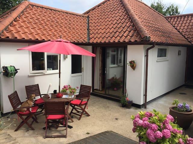 Holbrook Cottage Annexe