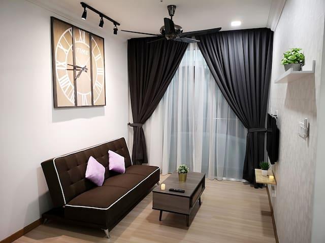 4 pax/Jonker St/VB1/ Encore Melaka/Town/Wifi/Wave