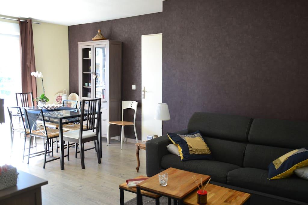 Chartrons appartement cosy avec balcon tram c for Appartement bordeaux chartrons