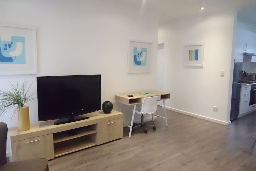 LED TV with Satellite & workdesk