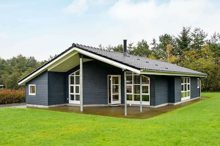 Luxurious Holiday Home in Hovborg with a scenic view