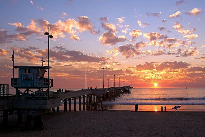 Walking distance to Venice beach ! Oasis Condo