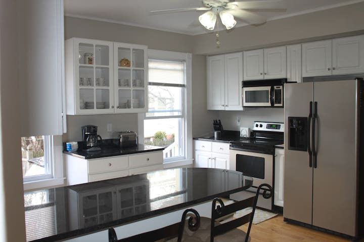 Perfect 3 bedroom 2 Bath for one or many! - Portland - Pis