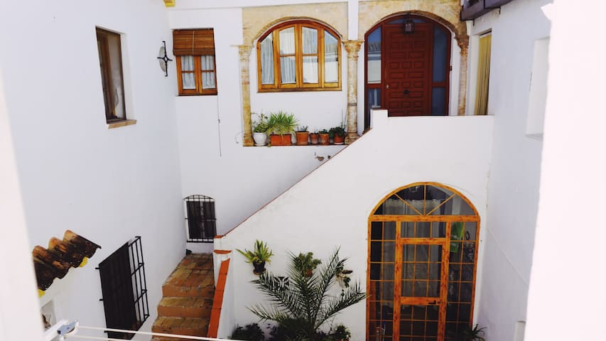 Carmona Rustic Style Historic Flat