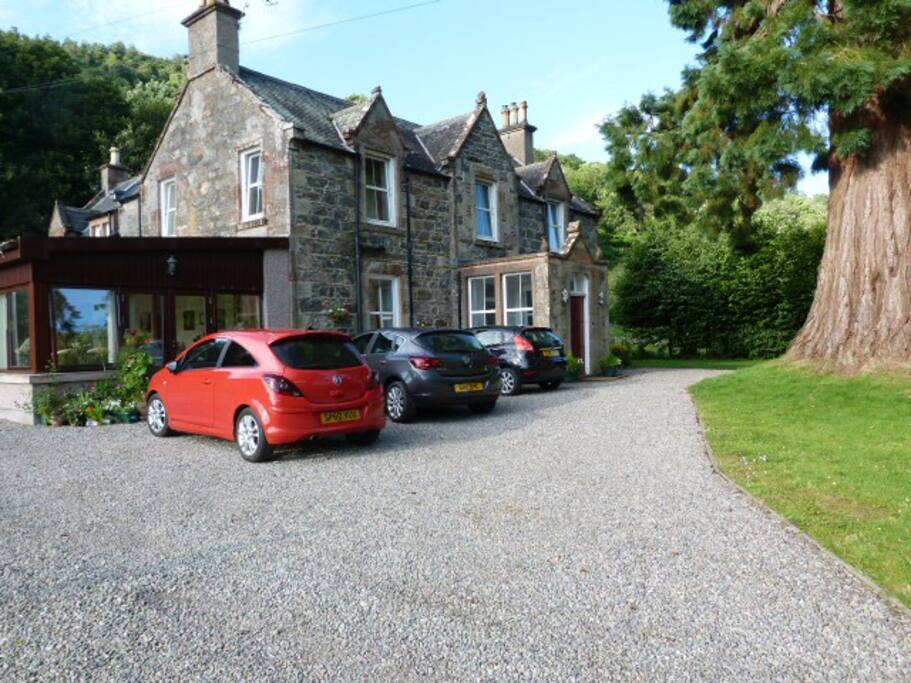 Kilmichael House - carprking available