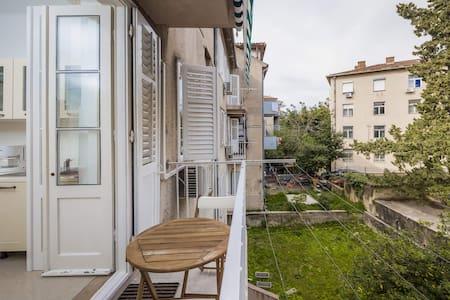 Gorgeous&large&comfortable beach apartment - สปริต - อพาร์ทเมนท์