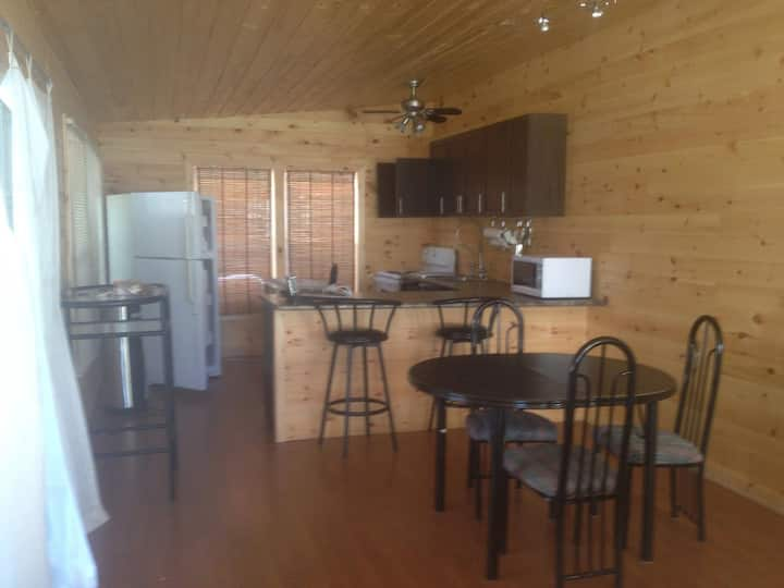2 br Cabin bordering Riding Mountain National Park