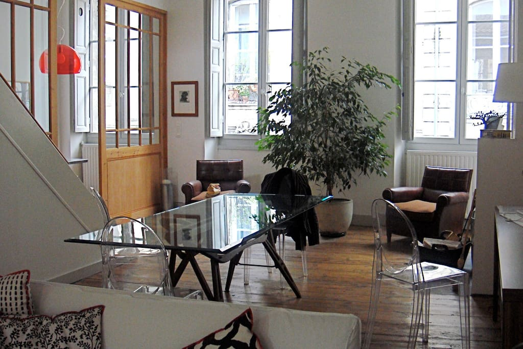 Chartrons appart terrasse appartements louer for Location appartement bordeaux chartrons